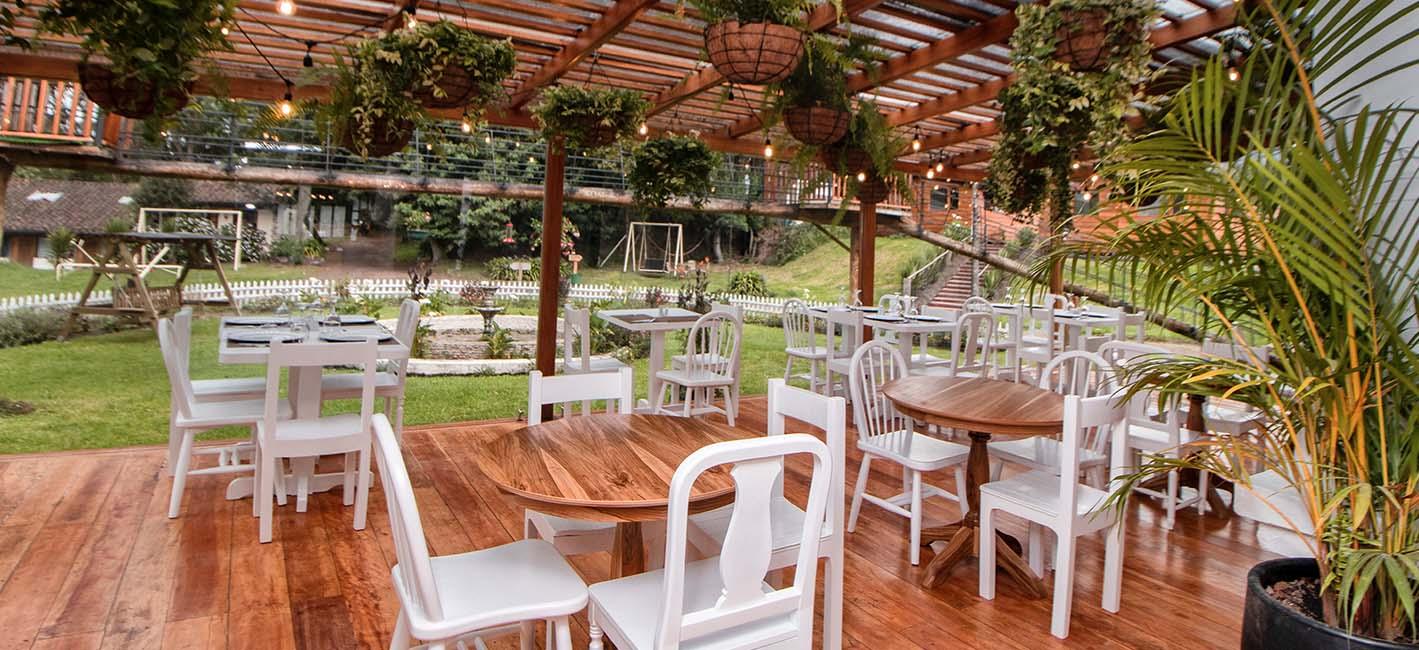 La Bolivia Restaurant - Papagayo Inn - Ecuador