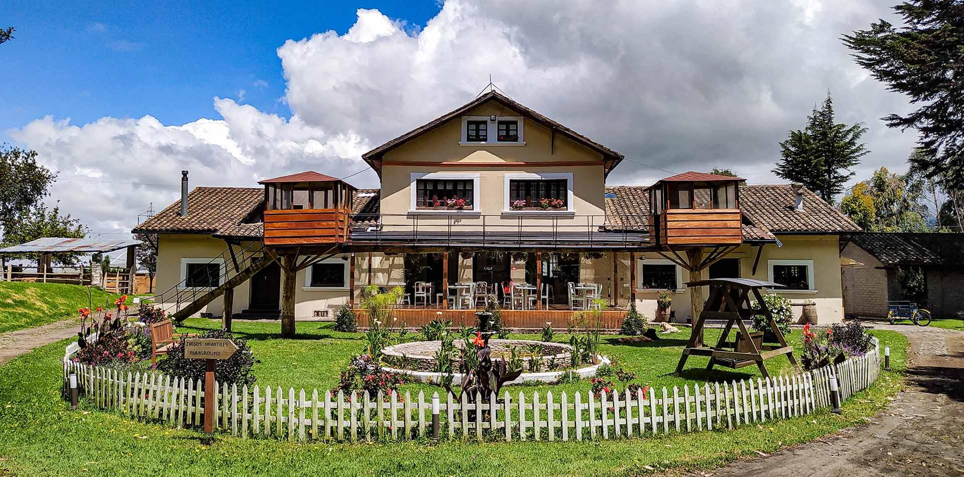 Hosteria Papagayo Ecuador